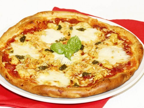 Pizza poulet pesto mozzarella