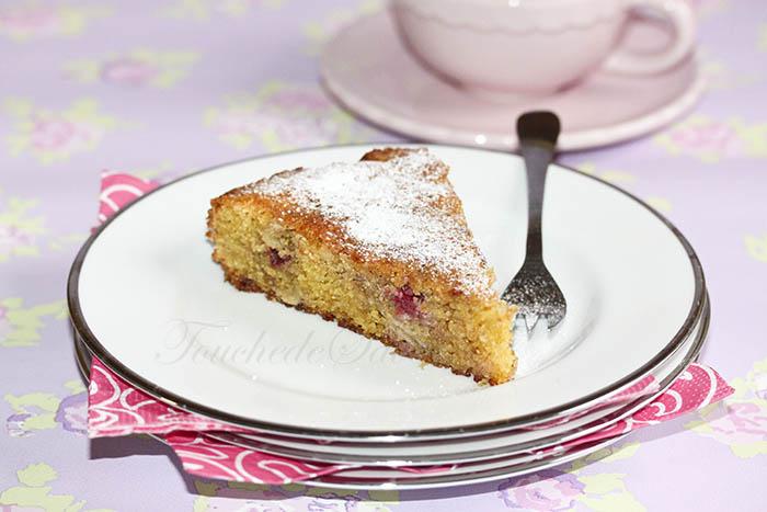 Gâteau polenta framboise