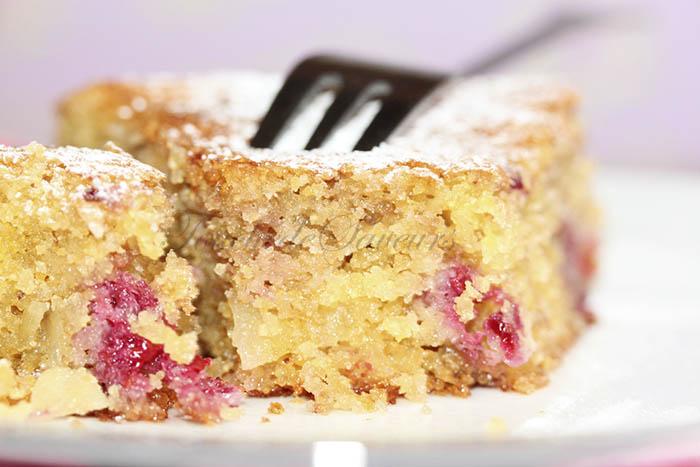 Gâteau polenta framboise2