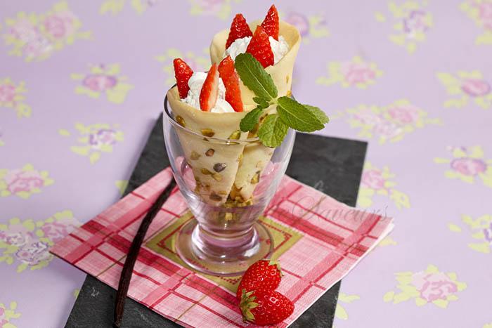 Cornets pistache fraise chantilly mascarpone1