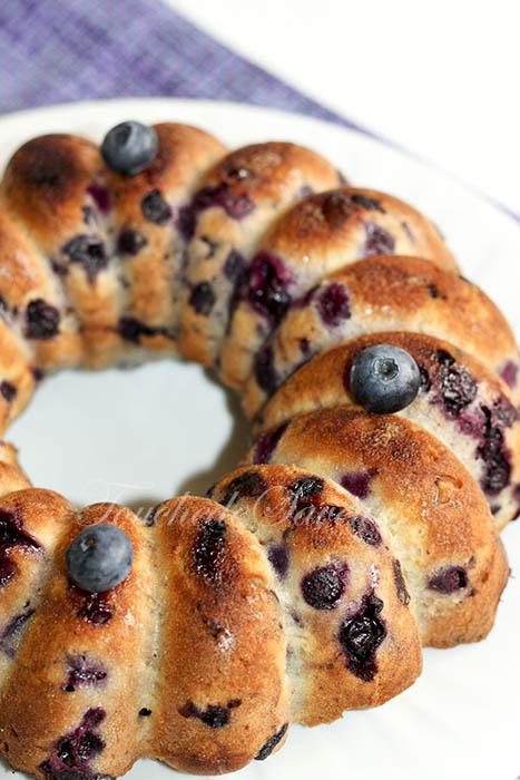 Blueberry breakfast cake1