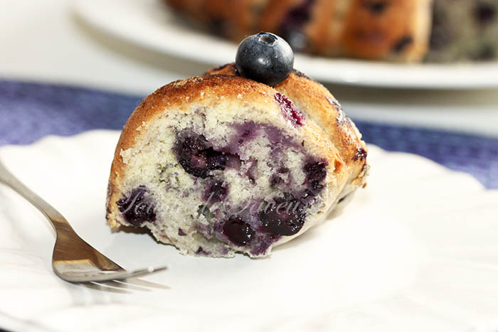 Blueberry breakfast cake2