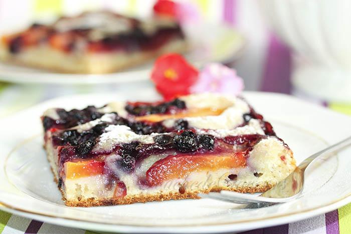 Gâteau nectarines myrtilles1