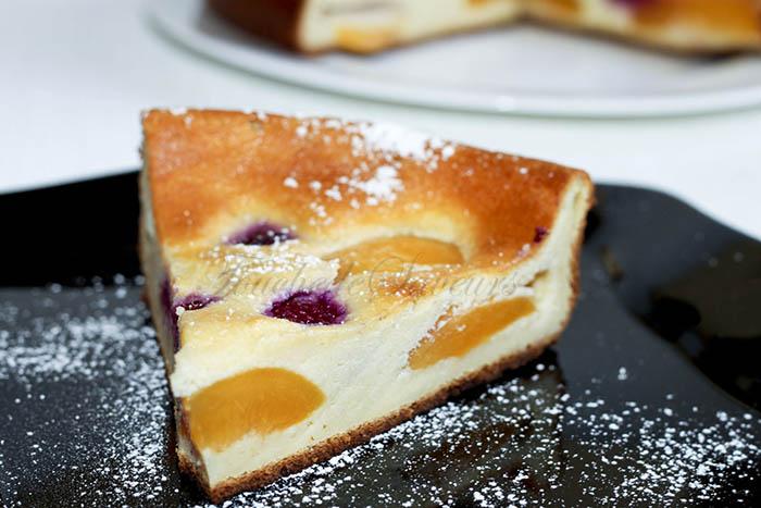 Gâteau brousse pêche framboise