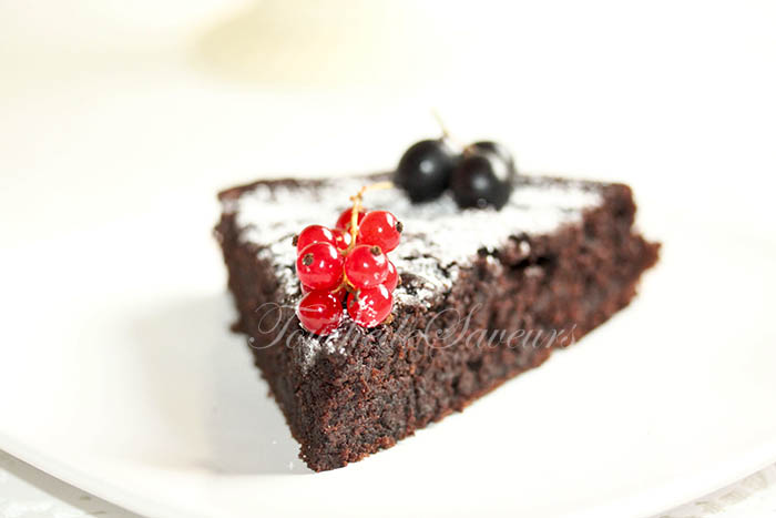 Chocolate buttermilk cake1