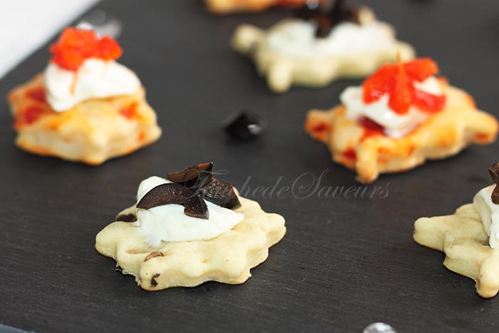 Biscuits salés yaourt poivron olives2