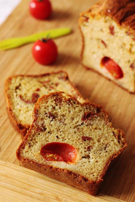 Cake aux 2 tomates2