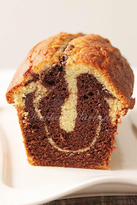 Cake marbré chocolat moelleux1