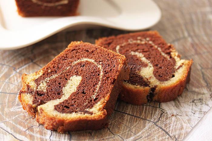 Cake marbré chocolat moelleux2
