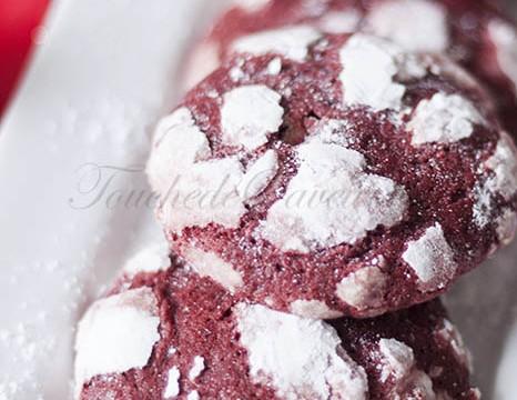 Red velvet crinkle cookies1