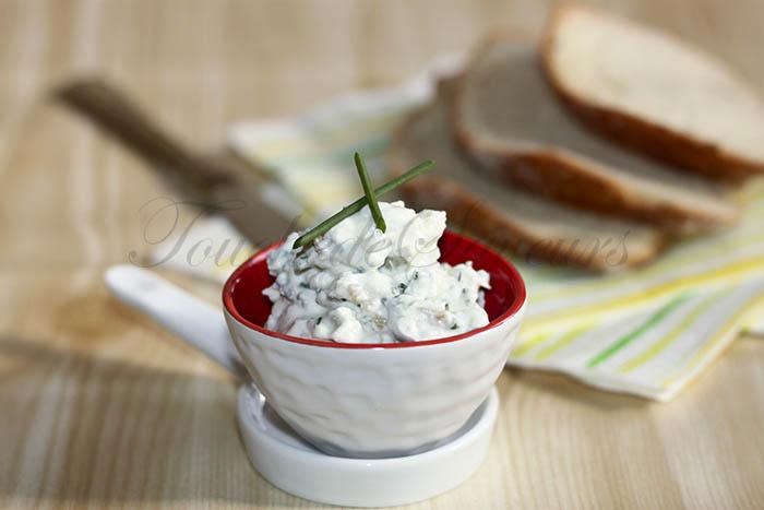 Dip ricotta olives1