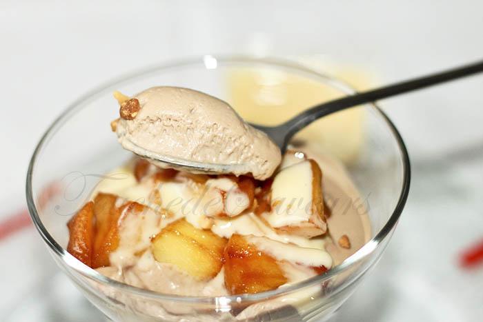 Mousse au chocolat au lait et pommes caramélisées2
