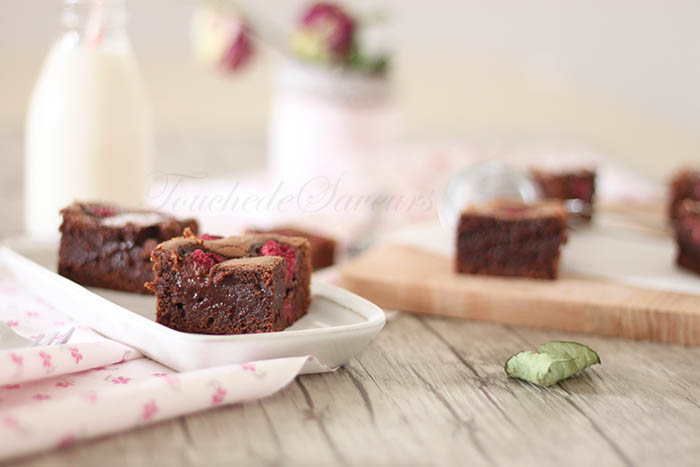 Brownies chocolat framboises