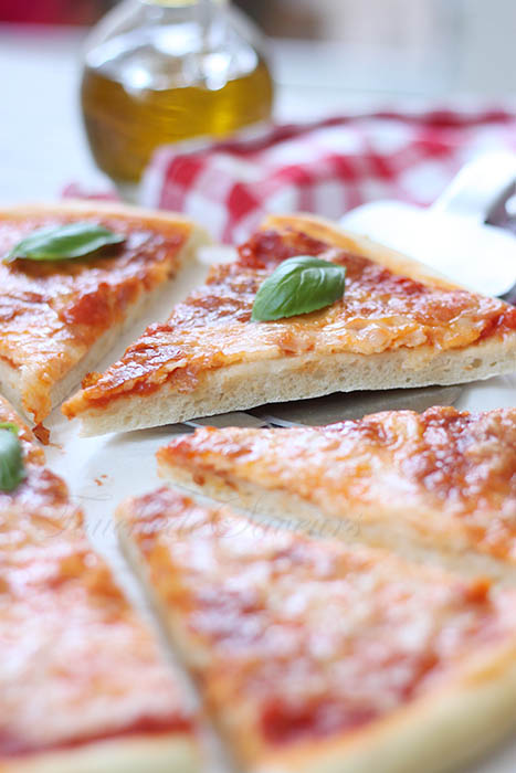 Pizza margherita2