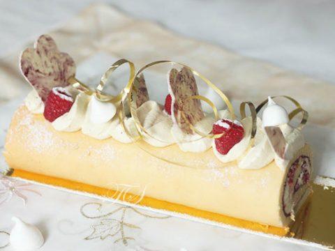 buche-roulee-framboise-pistache