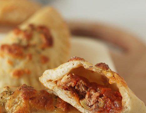 chaussons-thon-tomate-mozzarella